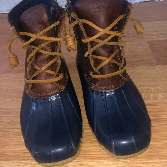 Sperry Duck Boots size 5